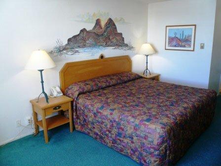 фото Motel 6 Los Alamos 487675401
