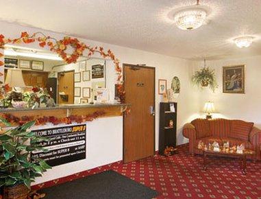 фото Super 8 Motel- Brattleboro 487675911