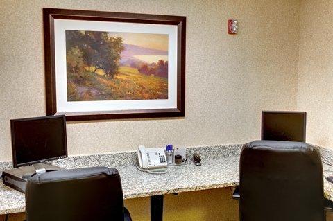 фото Best Western PLUS Louisville Inn & Suites 487677636