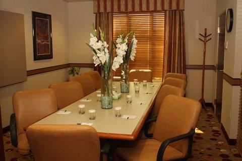 фото GrandStay Hotel Appleton - Fox River Mall 487681740
