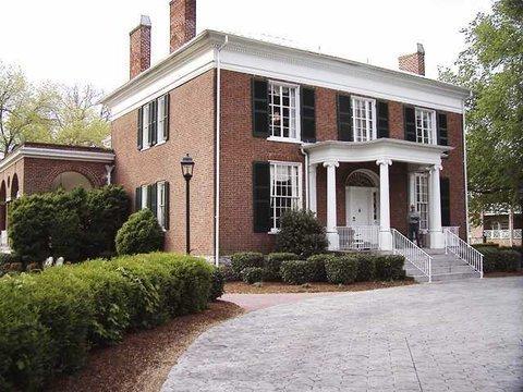 фото Hampton Inn Lexington Historic Area 487684348
