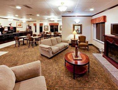 фото Hawthorn Suites by Wyndham Augusta 487685383