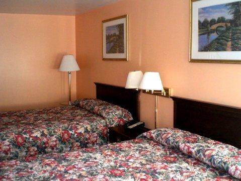 фото Pilgrim Inn & Cottages 487686343