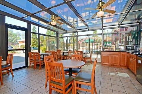 фото Best Western Plus Placerville Inn 487686932