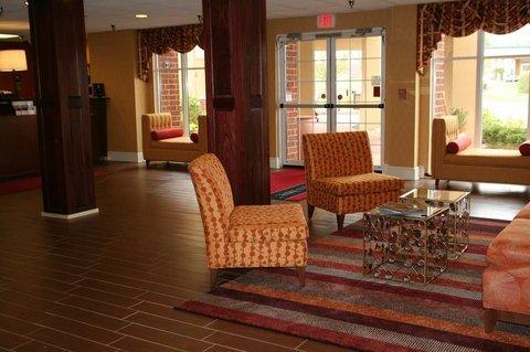 фото Hampton Inn & Suites 487688938