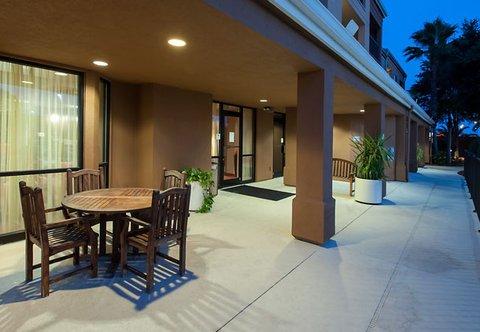 фото Courtyard by Marriott Lakeland 487690443