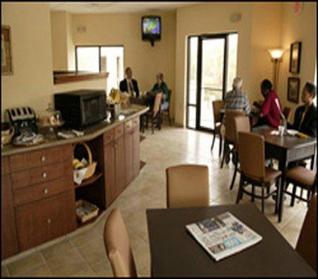 фото Markham House Suites 487690738