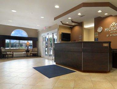 фото Microtel Inn & Suites by Wyndham Perry 487693285