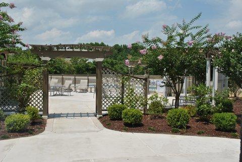 фото Doubletree Hotel Fayetteville 487695022