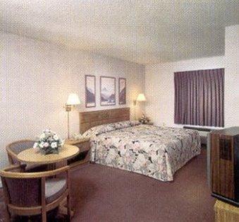 фото Stadium Inn/Suites 487695286