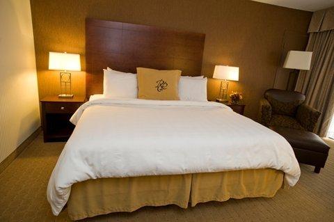 фото Rochester Plaza Hotel 487696411