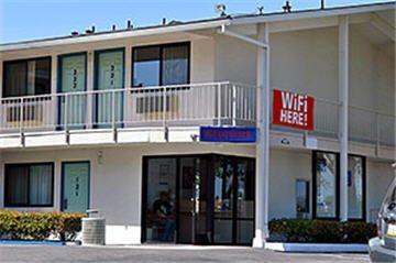 фото Motel 6 Albuquerque - Carlisle 487698044