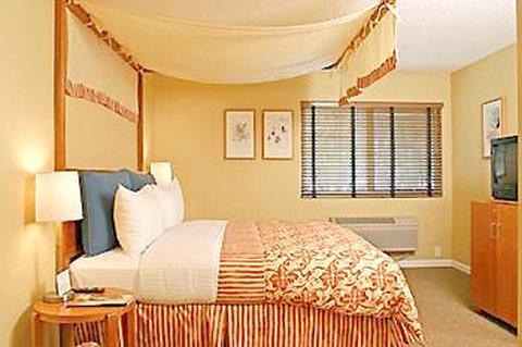 фото Wild Palms Hotel 487700277