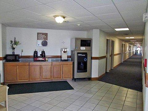 фото Motel 6 Cloverdale 487704806