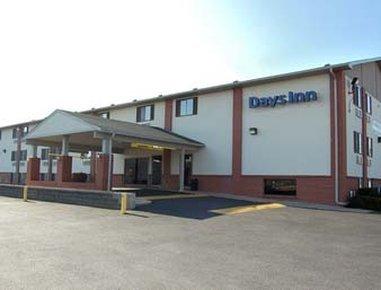 фото Days Inn Council Bluffs-Lake Manawa 487705167
