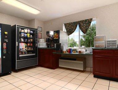 фото Microtel Inn by Wyndham Murfreesboro 487705824
