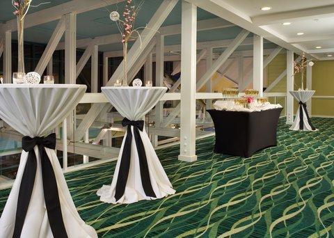 фото Holiday Inn Oceanside- VA Beach 487708547