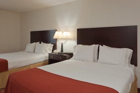 фото Holiday Inn Express Rensselaer 487709771