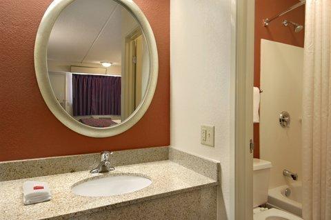 фото Red Roof Inn Columbia East - Ft Jackson 487712132
