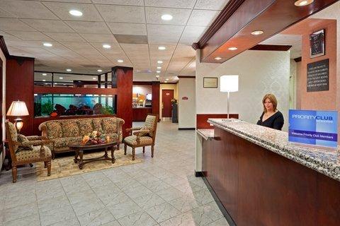 фото Holiday Inn Express Paramus 487715503