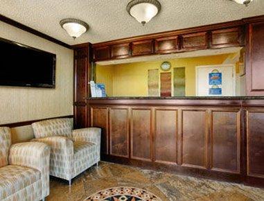 фото Days Inn and Suites - Vicksburg 487715867