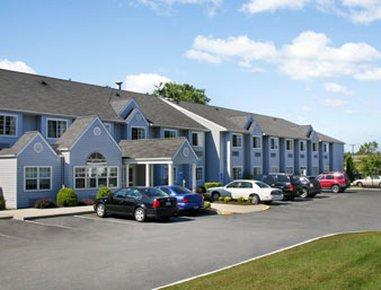фото Microtel Inn & Suites by Wyndham Bethel/Danbury 487717062