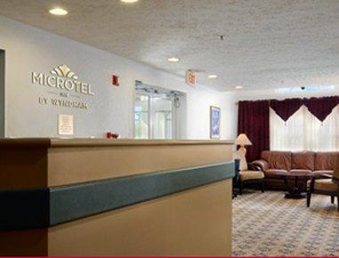 фото Microtel Inn by Wyndham Athens 487717586