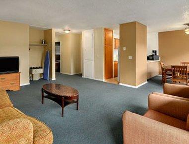 фото Seattle University Travelodge 487718118