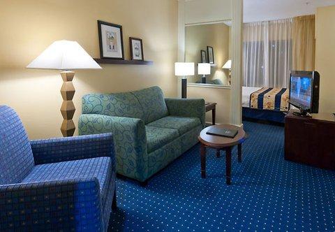 фото SpringHill Suites Savannah Midtown 487718201