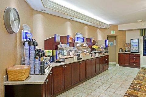 фото Holiday Inn Express Puyallup 487724913