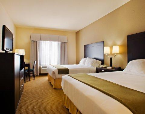 фото Holiday Inn Express Hotel & Suites Shamrock North 487726163