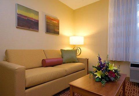 фото TownePlace Suites Mt. Laurel 487729144
