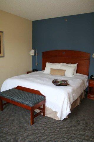 фото Hampton Inn Gloucester 487730422