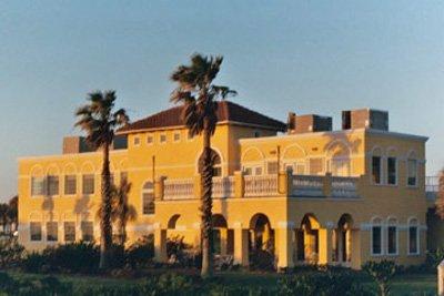 фото St. Augustine Beachfront Resort 487731202