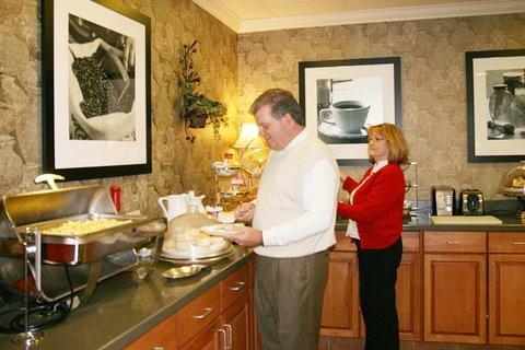 фото Hampton Inn & Suites Birmingham-Pelham (I-65) 487731423