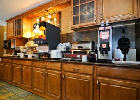 фото Comfort Suites St. Joseph 487733928