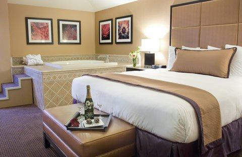 фото Mariposa Inn & Suites 487734769