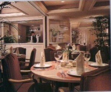 фото Woodcrest Hotel 487735909