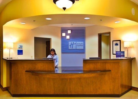 фото Holiday Inn Express WATERLOO-CEDAR FALLS 487736262
