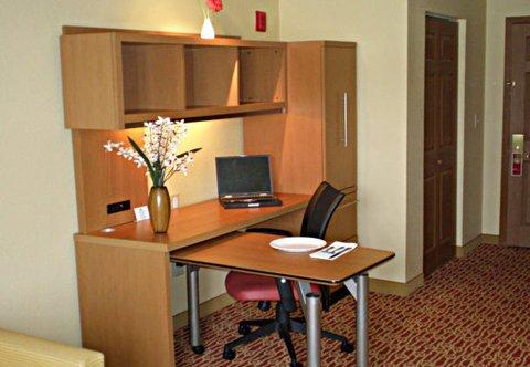 фото TownePlace Suites Philadelphia Horsham 487736379