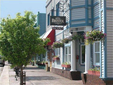 фото Hotel Bristol 487737138
