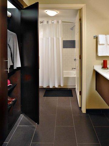 фото Staybridge Suites Houston Stafford - Sugar Land 487737627