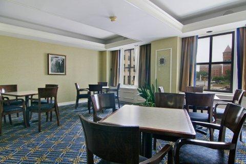 фото Hotel Lawrence 487741496