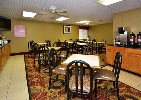 фото Comfort Inn I-35 at Shawnee Mission Parkway 487742036