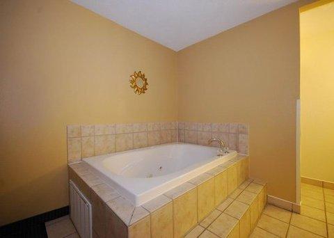 фото Comfort Suites Miamisburg 487743932