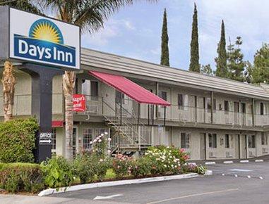 фото San Bernardino Days Inn Riverside 487743943