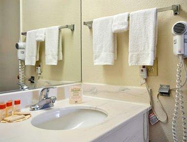 фото San Bernardino Days Inn Riverside 487743947