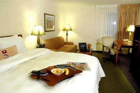 фото Hampton Inn Sacramento/Rancho Cordova 487745041