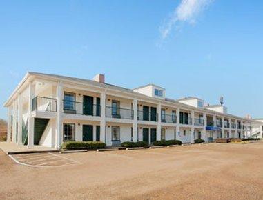 фото Baymont Inn and Suites - Vicksburg 487745950