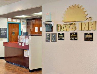 фото Days Inn Counbluff Ia 9th Avenue 487746419